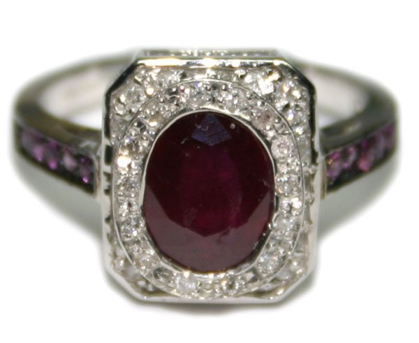 4021: 3, CT DIAMOND & RUBY 14KT GOLD RING 6 GR .