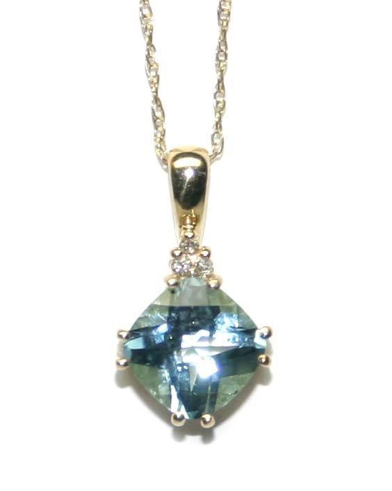 5007: 3,CT DIAMOND & BLUE TOPAZ 10K GOLD PENDANT .