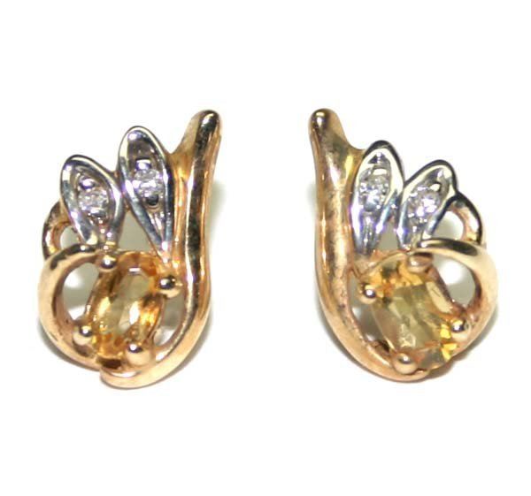 1004: 0.80 ct DIAMOND & CITRIN 14K GOLD EARRINGS.