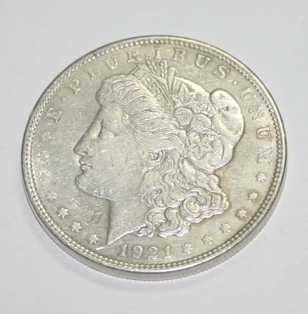 2006: USA MORGAN SILVER  DOLLAR COIN (YEAR 1921) .