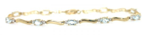 1007: 3 ct Aqua Marine and Diamond Bracelet