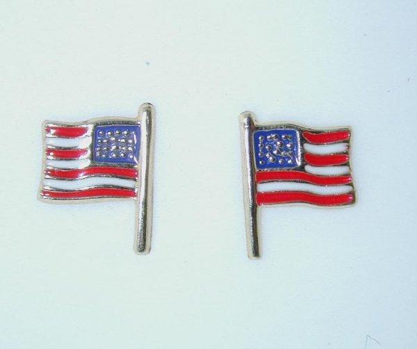 1011: 14 KT GOLD U.S.A. FLAG EARRINGS