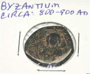 ANCIENT ROMAN BRONZE COIN .
