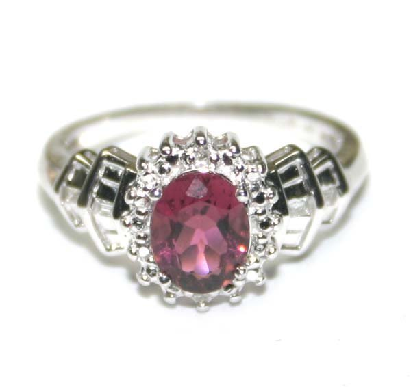 3004: 1,CT TOURMALINE & DIAMOND 10K GOLD RING .