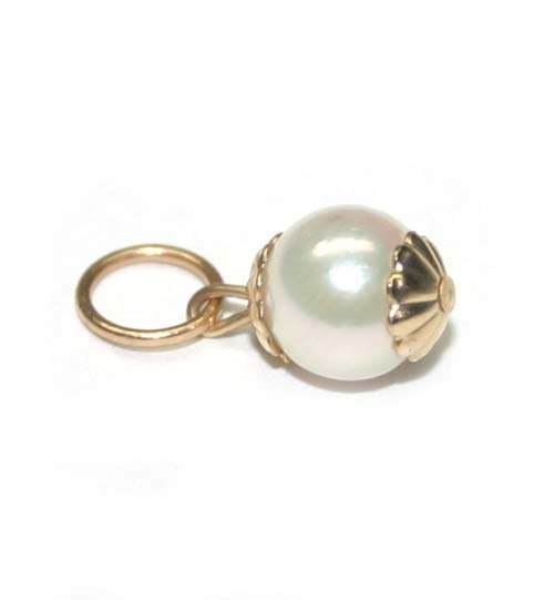 4029: 6mm  WHITE  NATURAL  PEARL  14K GOLD PENDANT .