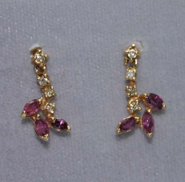 1026: 0.40 CT DIAMOND & RUBY 14K GOLD EARRINGS.
