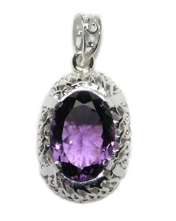 4002: 10.ct NATURAL AMETHYST SILVER PENDANT .