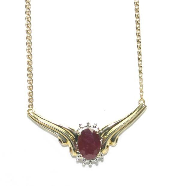 5004: 2,CT RUBY & DIAMOND 10K GOLD NECKLACE 3.50 GR .