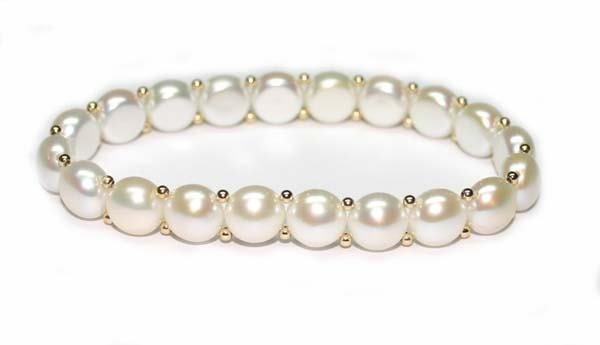 1018: NATURAL  WHITE  PEARL BRACELET