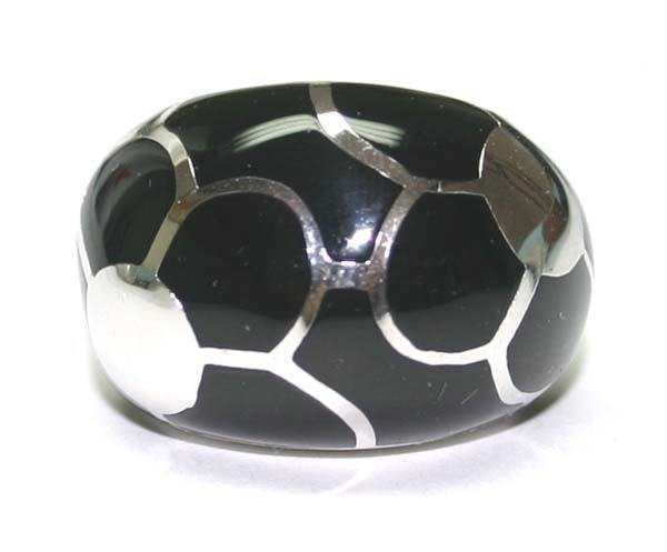 4060: ONIX STERLING SILVER RING .