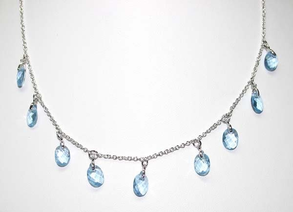 4071: 10.CT B.TOPAZ SILVER NECKLACE .