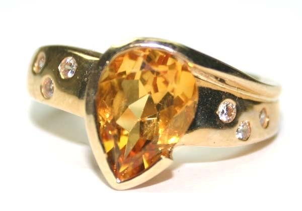 1018: 3.CT DIA & Y.SAPPHIRE  14K GOLD RING.