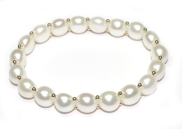2014: 9mm  NATURAL  WHITE PEARL BRACELET .