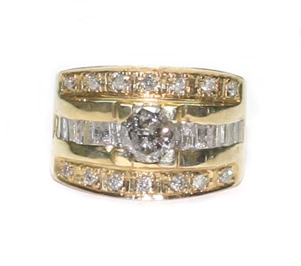 5019: 2.CT DIAMOND  11.5 GR  14K Y/G  RING.