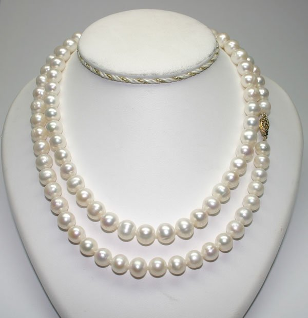 2007: 36'' INCHS  9-10 mm  FRESH WATER PEARLS NECKLACE.