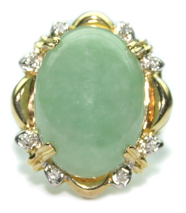 2008: 10.CT DIA & JADE  6.20 GR 14K GOLD RING.