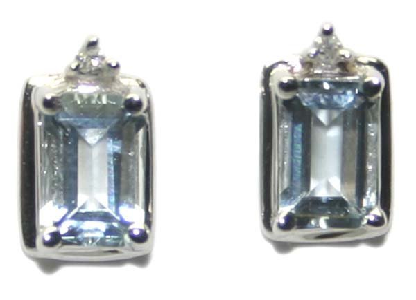 5001: 1.50 CT DIAM & AQUAMARIN  10K GOLD EARRINGS.