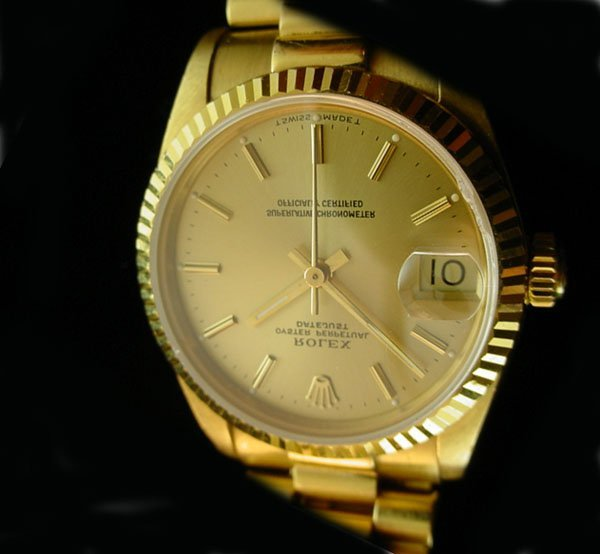3792: ROLEX Midsize Solid 18K Gold President Watch WOW