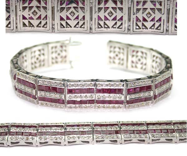 1653: 30.CT DIA &  RUBY  59 GR 18K GOLD BRACELET .