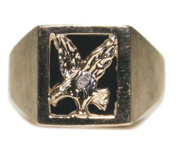 2010: DIA & ONIX  EAGLE   GOLD  RING 5.32  GR  10K .
