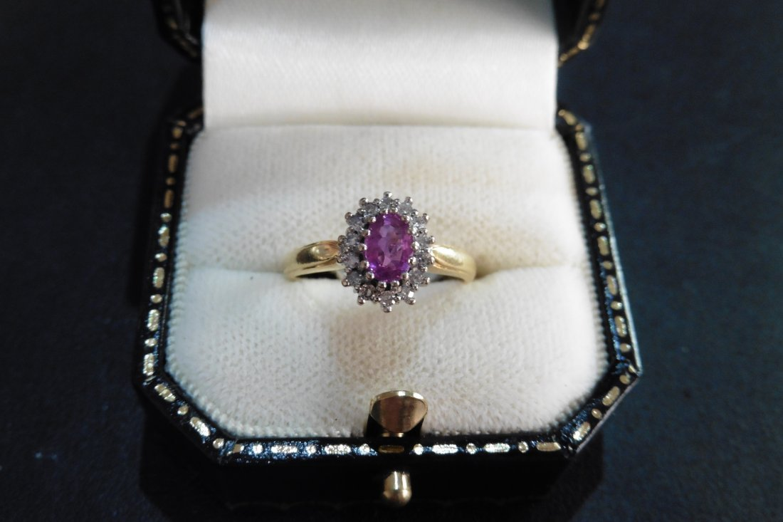 Pre-owned 18ct gold sapphire and diamond ring