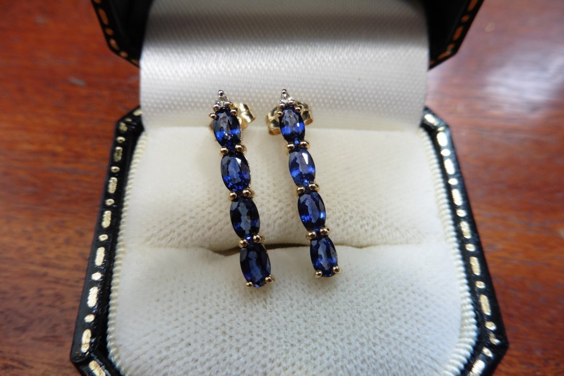 Pre-owned 9ct gold sapphire earrings