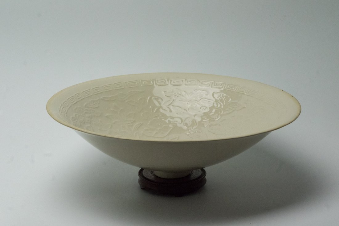 Song DYNASTY 'DING' white floral large bowl