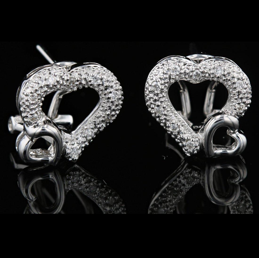18k White Gold, 0.16CT Diamond Earring