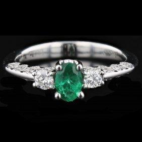 14k White Gold 0.22ct Diamond & 0.46ct Emerald Ring