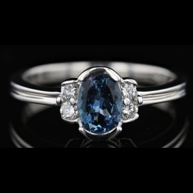 14k White Gold 0.63ct Aquamarine & 0.10ct Diamond Ring