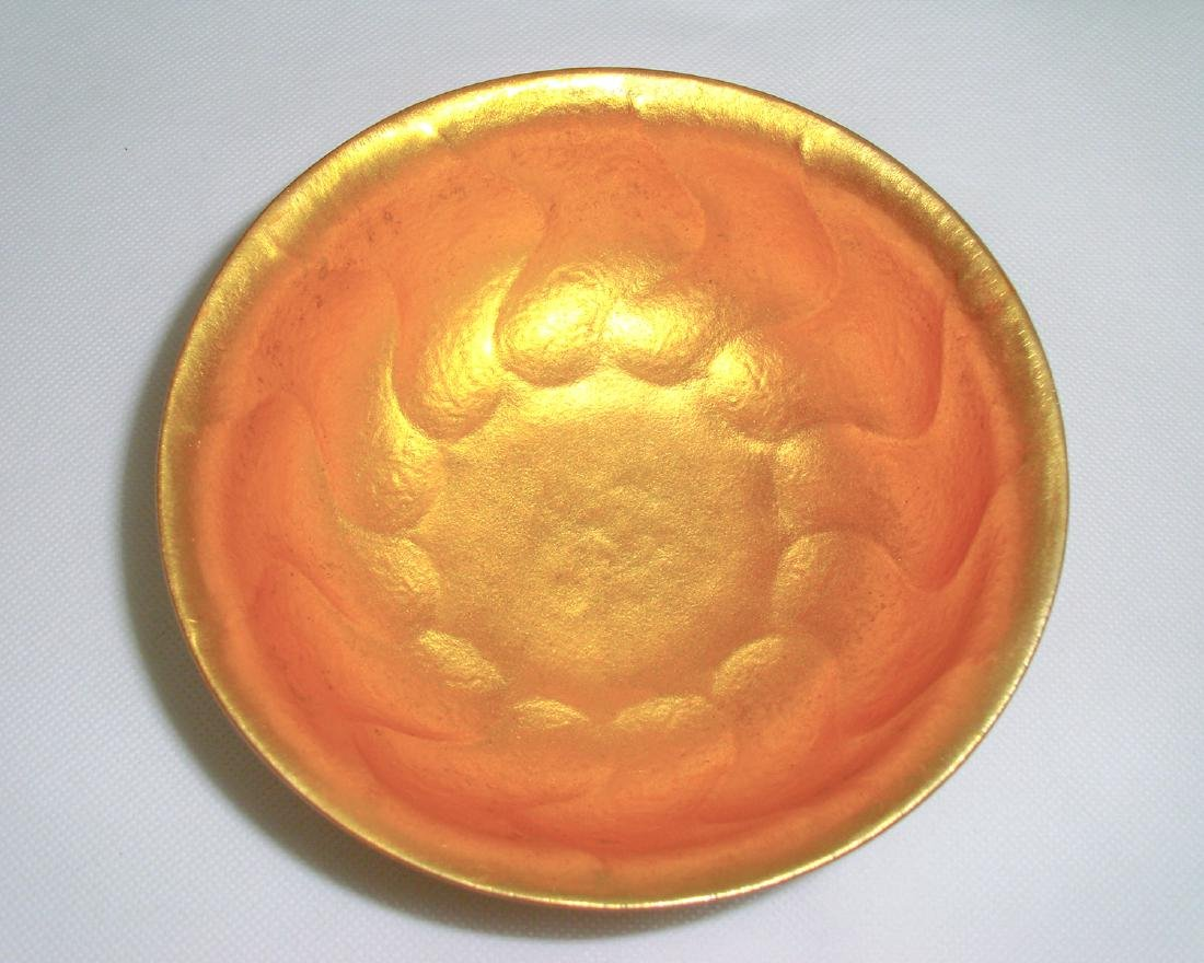 DATANG ZHENGUAN MARK BRONZE-GILT BOWL - 3