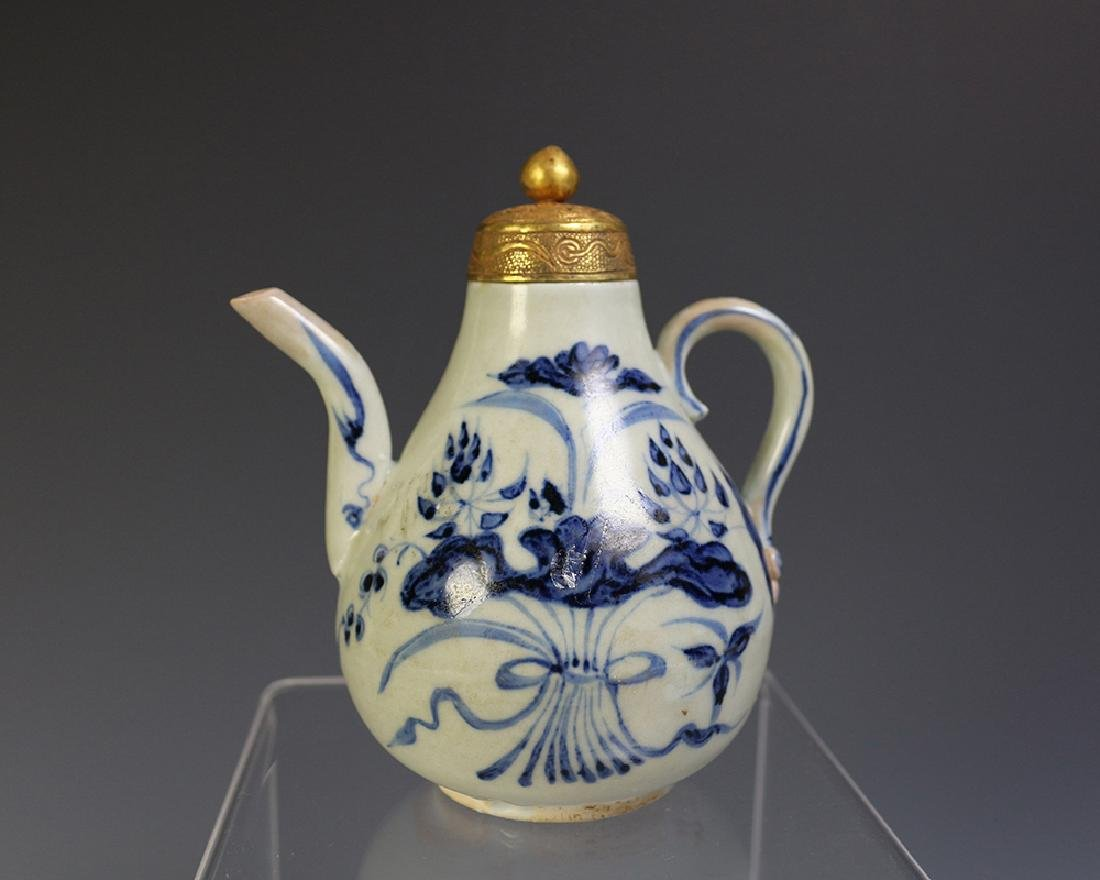 BLUE & WHITE TEA POT WITH GOLDEN COVER