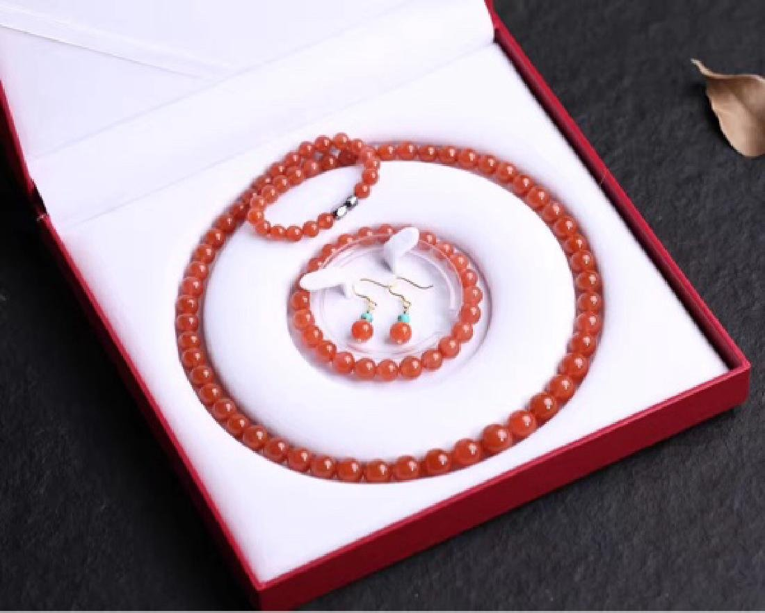 NATURAL SOUTHERN RED AGATE BEADS SET