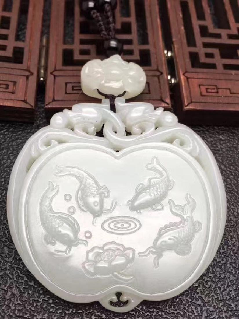 A NATURAL FISH DESIGN HETIAN JADE SCULPTE