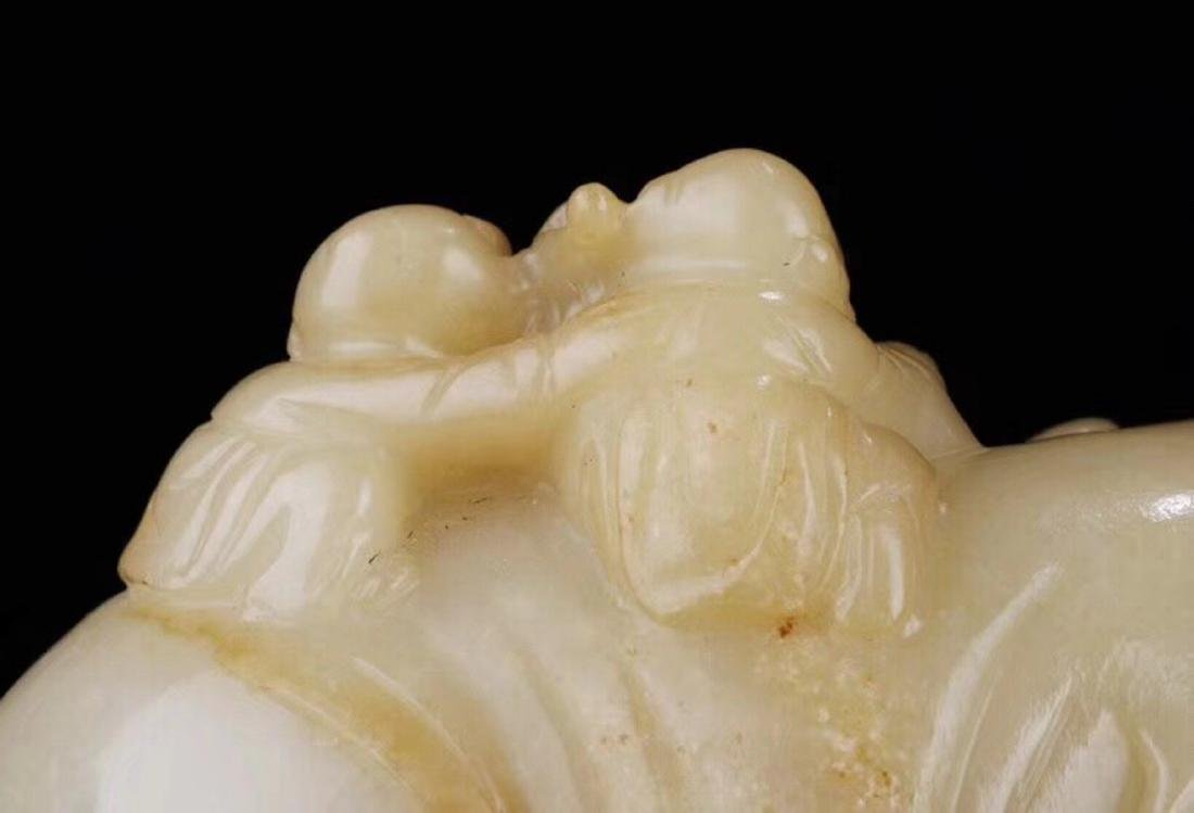 1949-1966, AN ELEPHANT DESIGN SUGAR-COLOR HETIAN JADE - 6