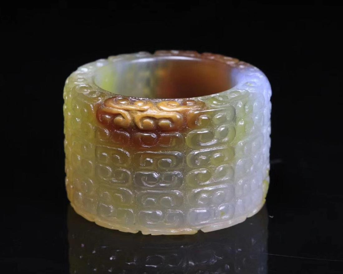 A OLD AGATE ARCHER RING - 2