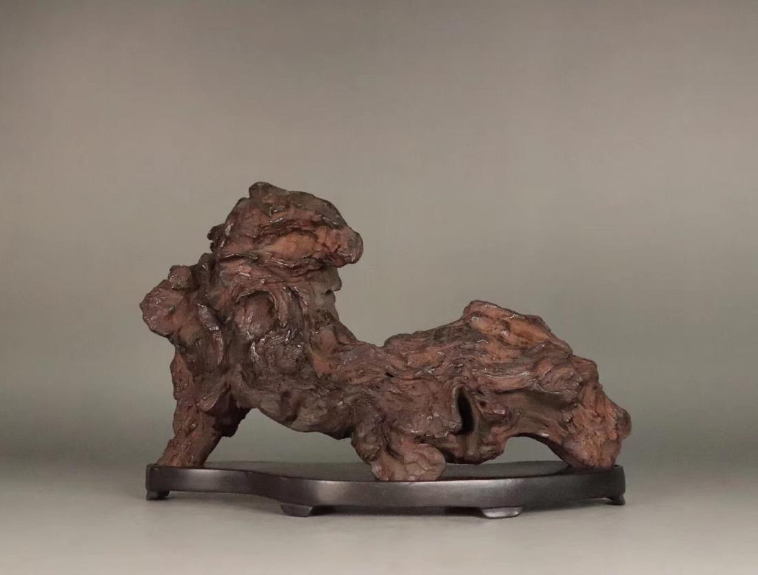 A HUANGHUALI WOOD MOUNTAIN SHAPED PEN HOLDER - 2