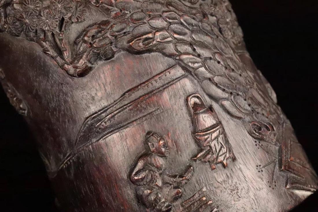 AN OLD CHENXIANG WOOD CARVED BRUSH POT - 8