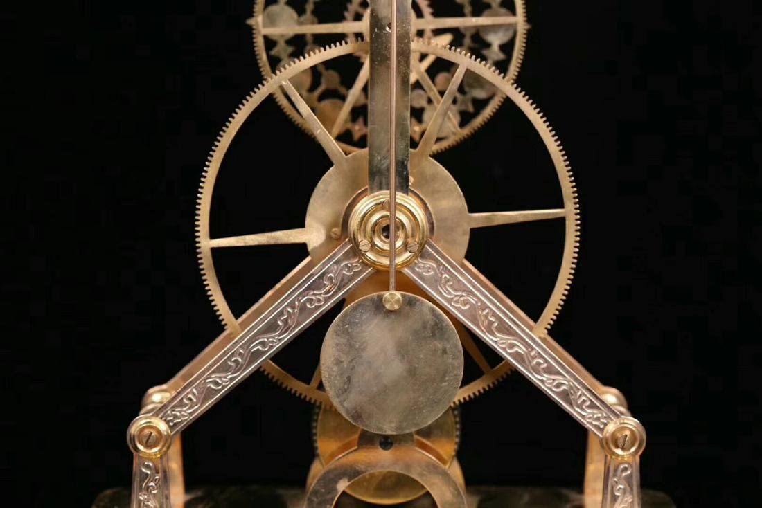 AN OLD EUROPEAN STLYE COPPER MOLDED CLOCK - 7