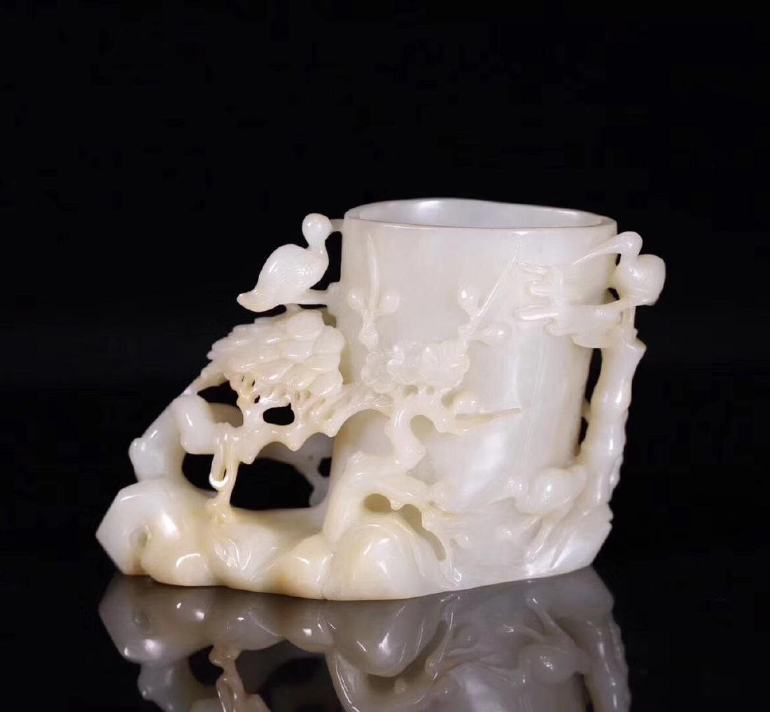 A HETIAN JADE CARVED BRUSH POT