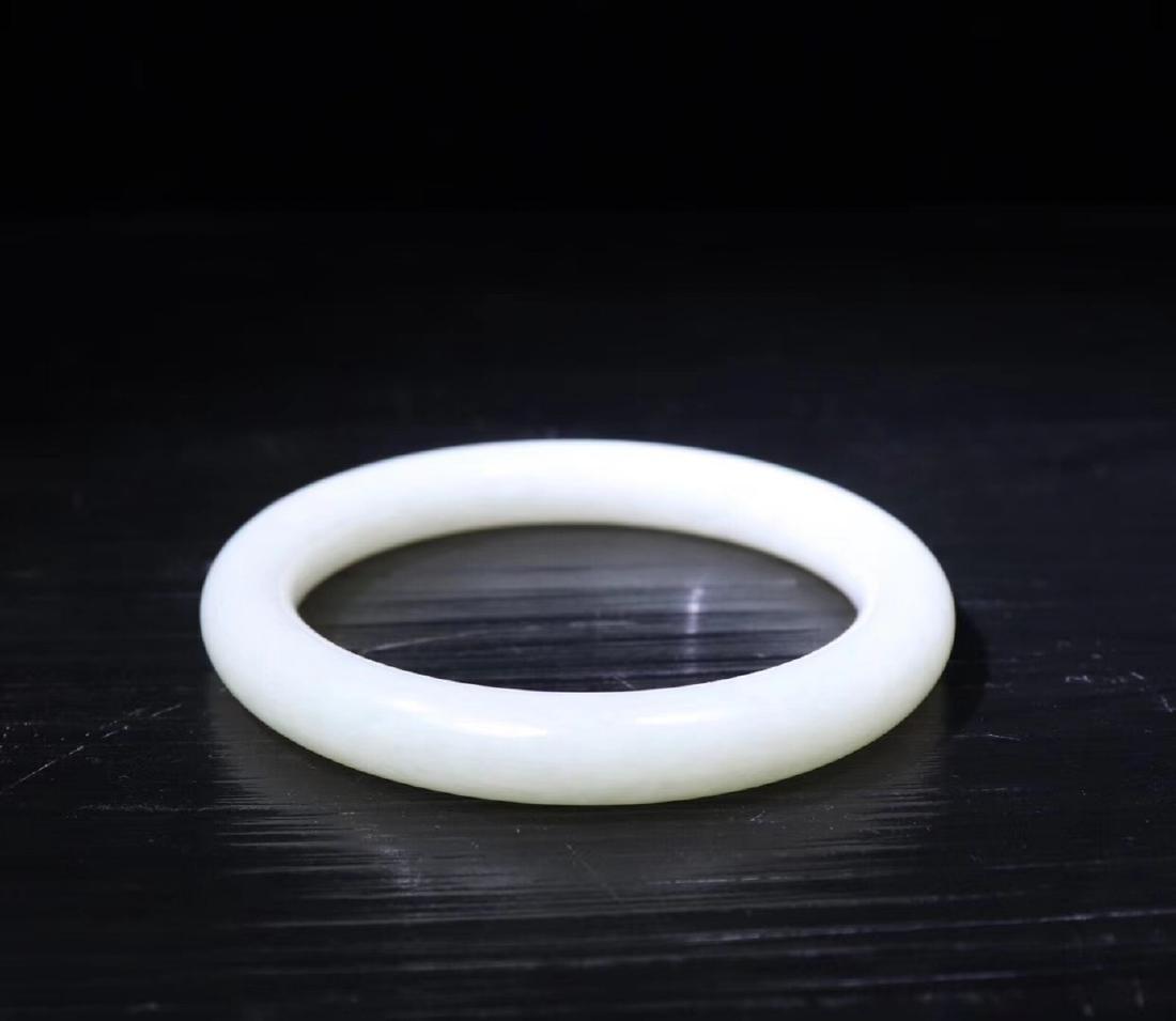 A HETIAN WHITE JADE BANGLE