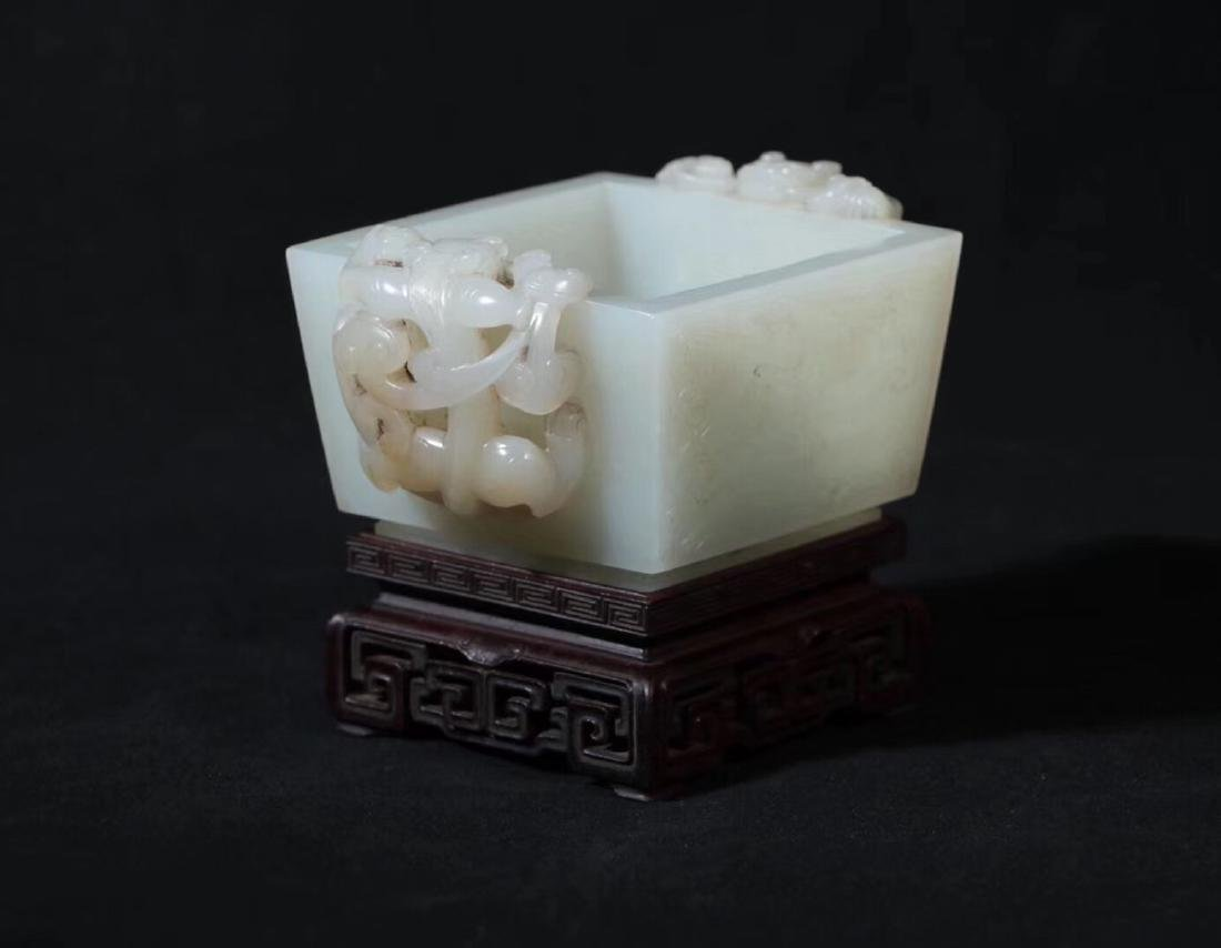A HETIAN JADE CARVED DOUBLE EARS SQUARE CENSER - 3