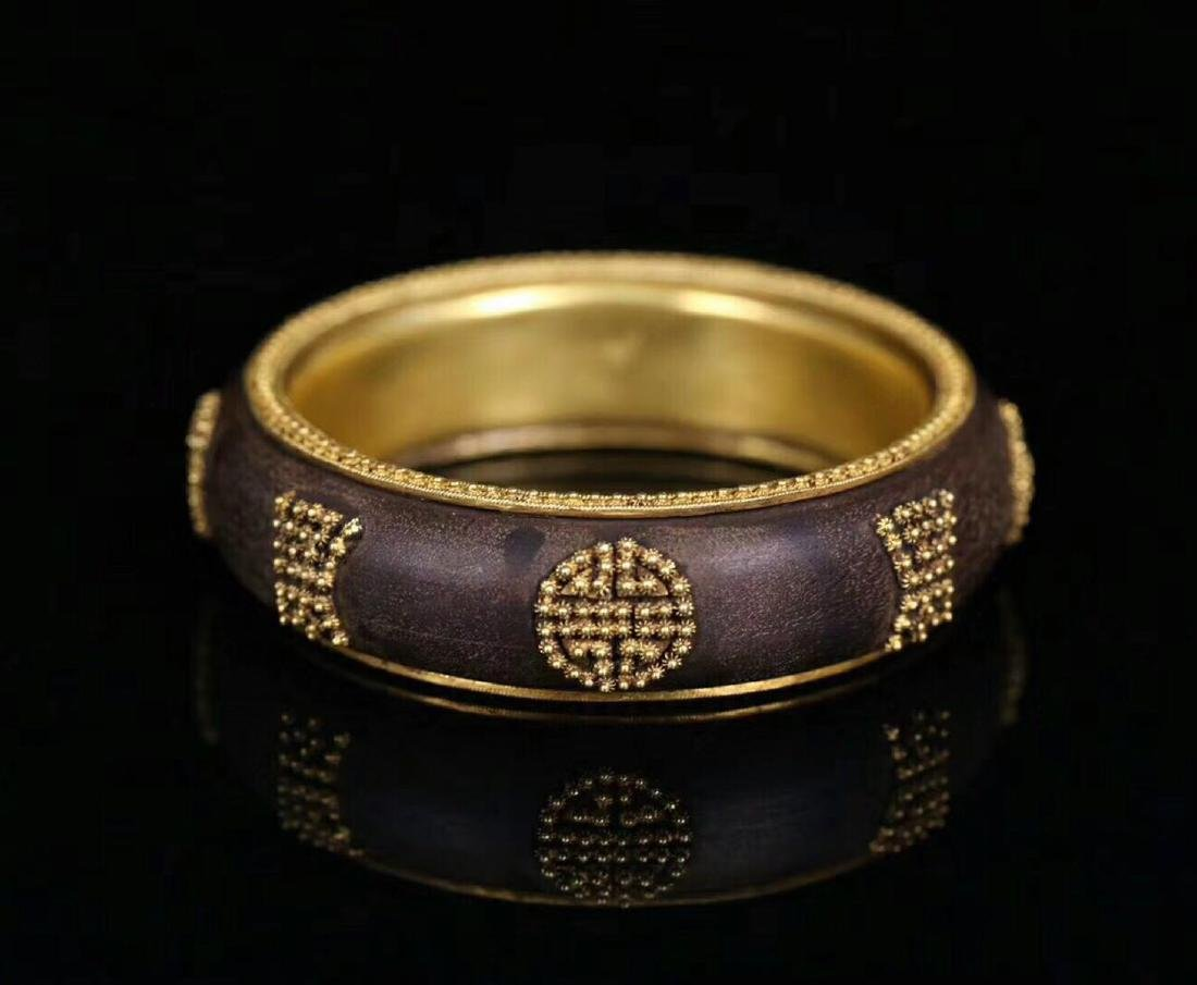 A CHENXING SLIVER GILT SHOUWEN BANGLE - 5