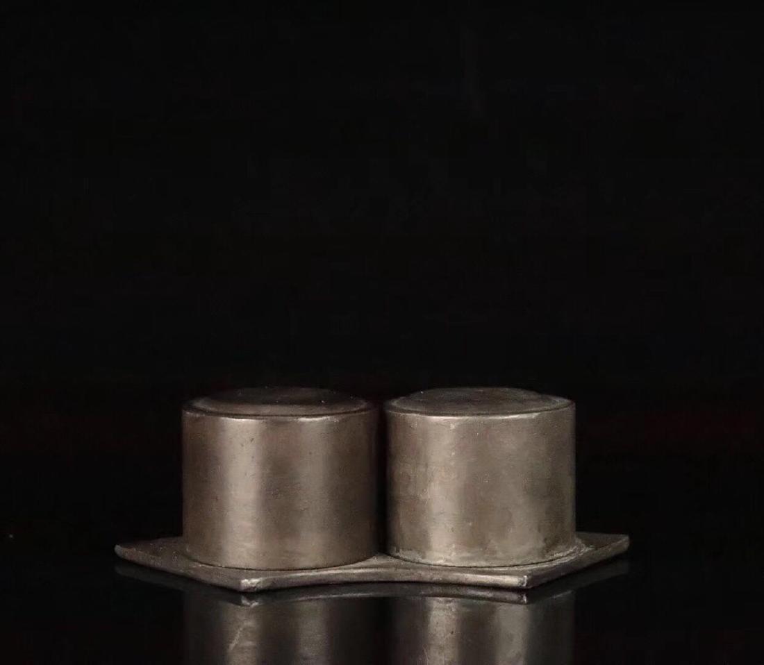 PAIR CHENXIANG WOOD CARVED THUMB RINGS - 2
