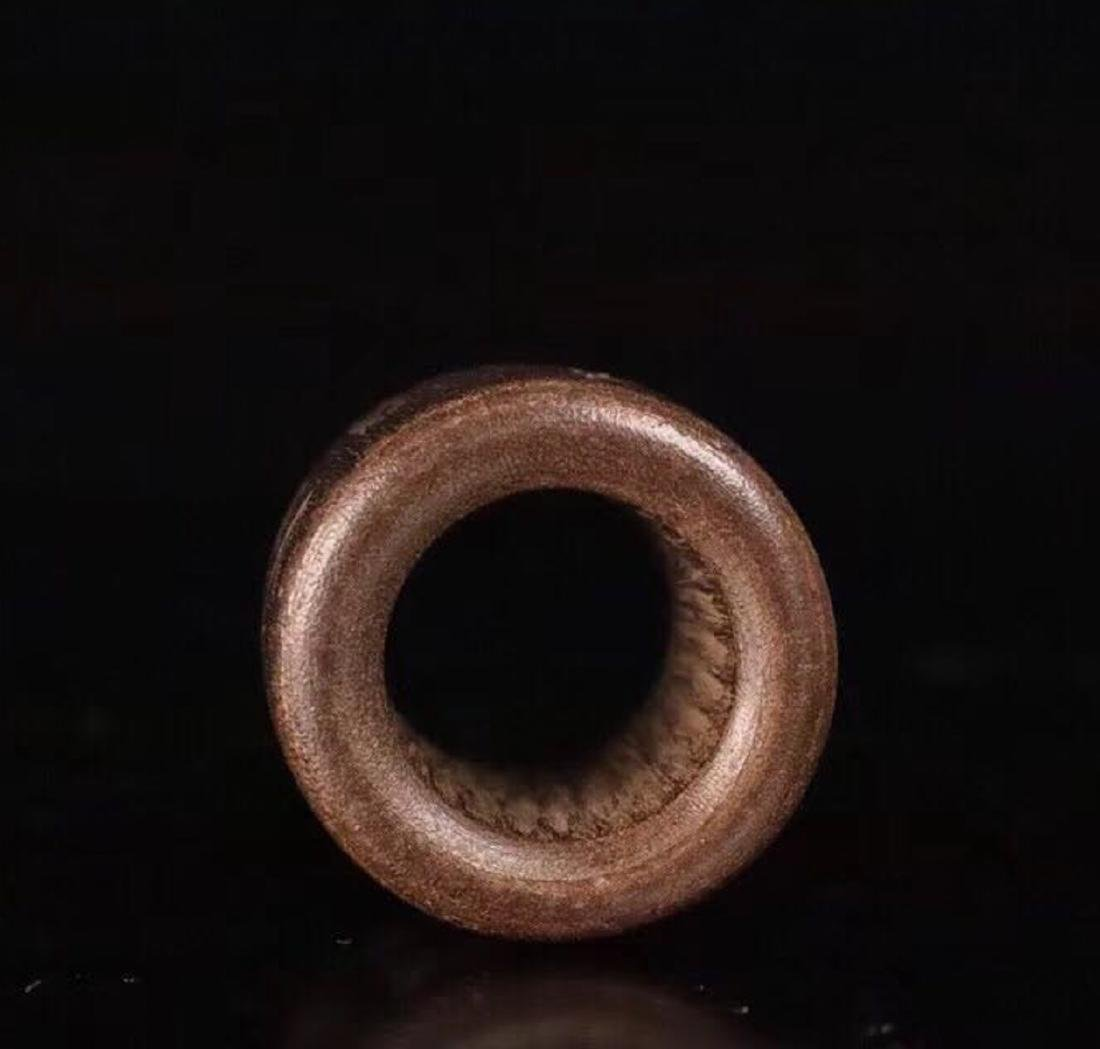 A CHENXIANG WOOD CARVED THUMB RING - 4