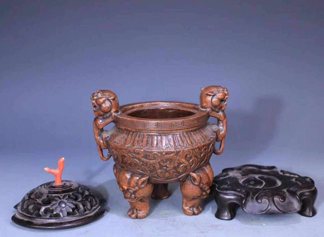 A BAMBOO CARVED THREE PAIRS FEET LIONEAR CENSER - 5