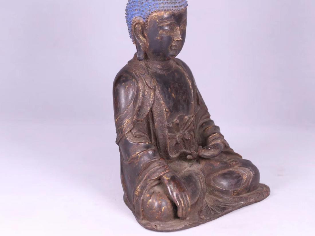 A GILT BRONZE CARVED BUDDHA - 4