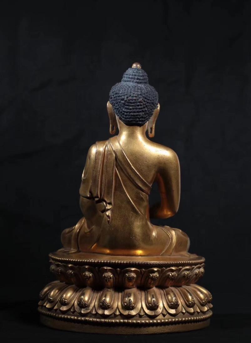 A GILT BRONZE MOLDED SHAKYAMUNI BUDDHA - 3
