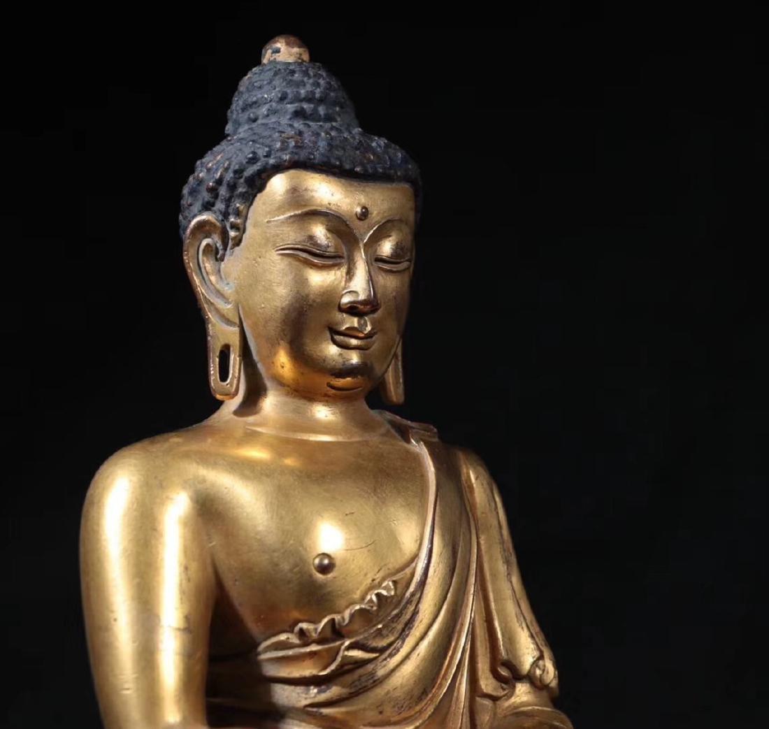 A GILT BRONZE MOLDED SHAKYAMUNI BUDDHA - 5