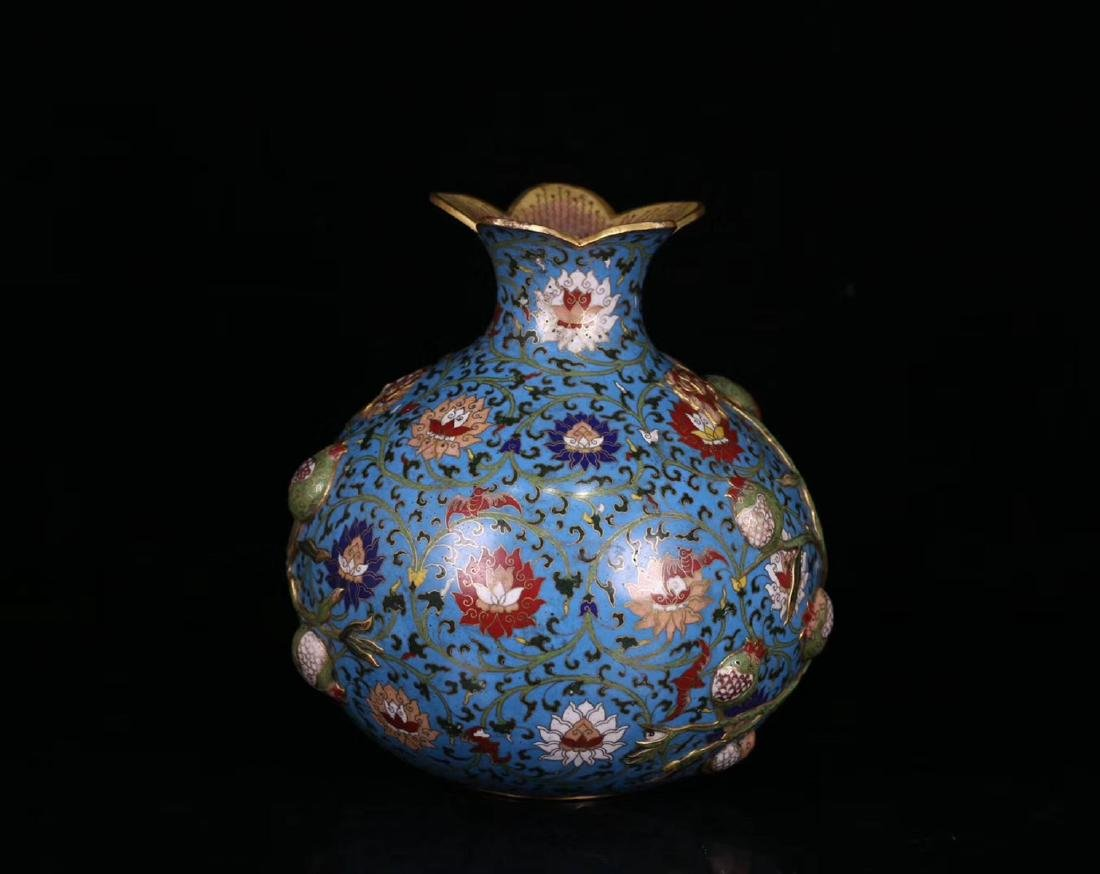 A COPPER CRAVED CLOISONNE POMERGRANATE VASE - 3